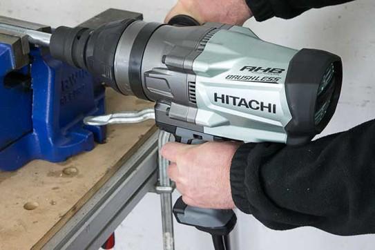 Hitachi14